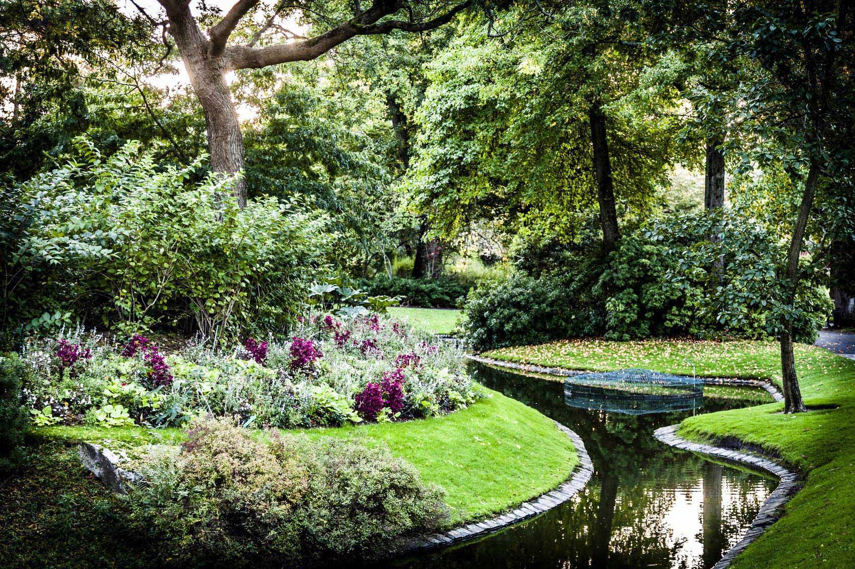 La verdure du parc de Procé et ses ruisseaux