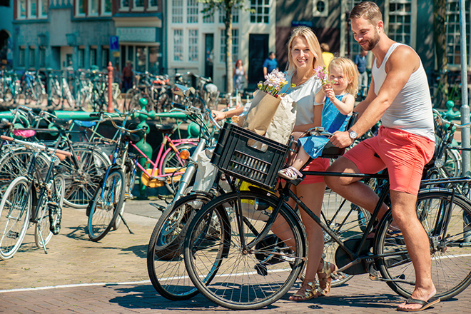 Rumbo a Ámsterdam, la capital mundial de la bici