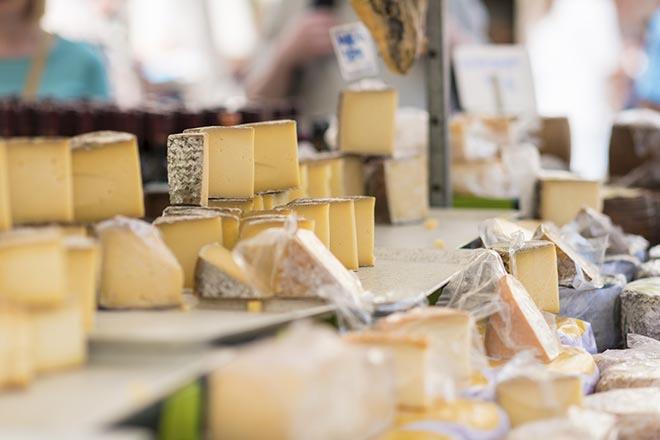 Helvétique market