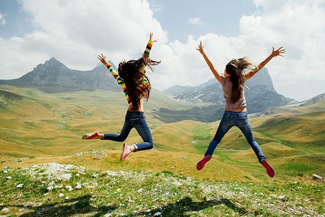 En famille, vous partez à la conquête du sommet le plus haut des Pyrénées