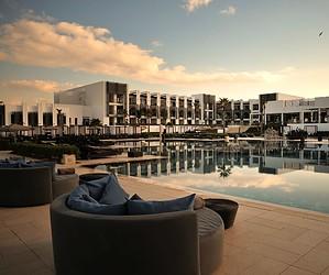 5 hôtels de luxe pour se détendre au soleil