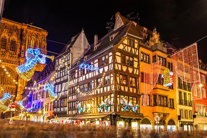 tradicional espíritu navideño Estrasburgo