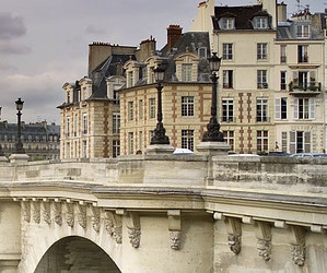 Getting to Know the Paris Districts