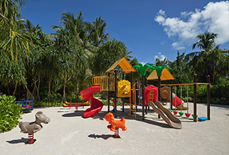 Maldives kids club:Pullman Maamutaa Resort children's pool and playground