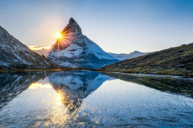 La puesta de sol de los Alpes Suizos, hará que te enamores de su paisaje
