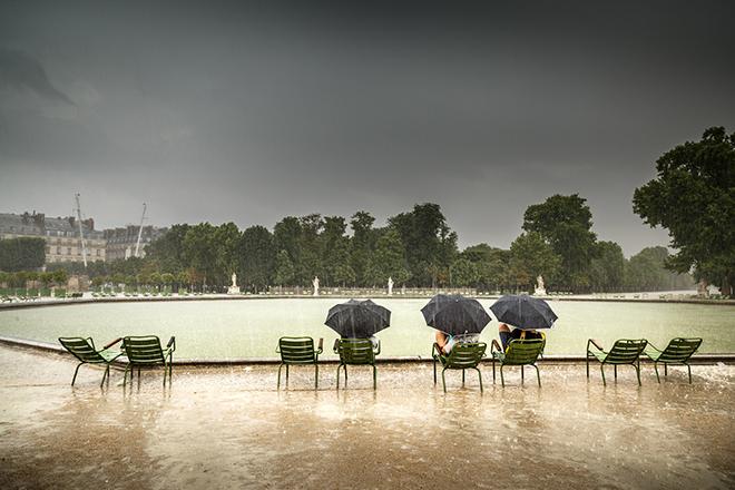 paris raining