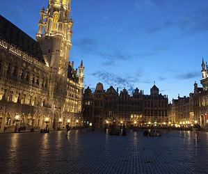 In Brüssel ein Bier trinken