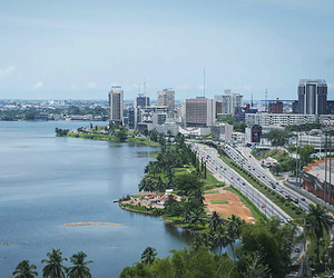 Abidjan by night