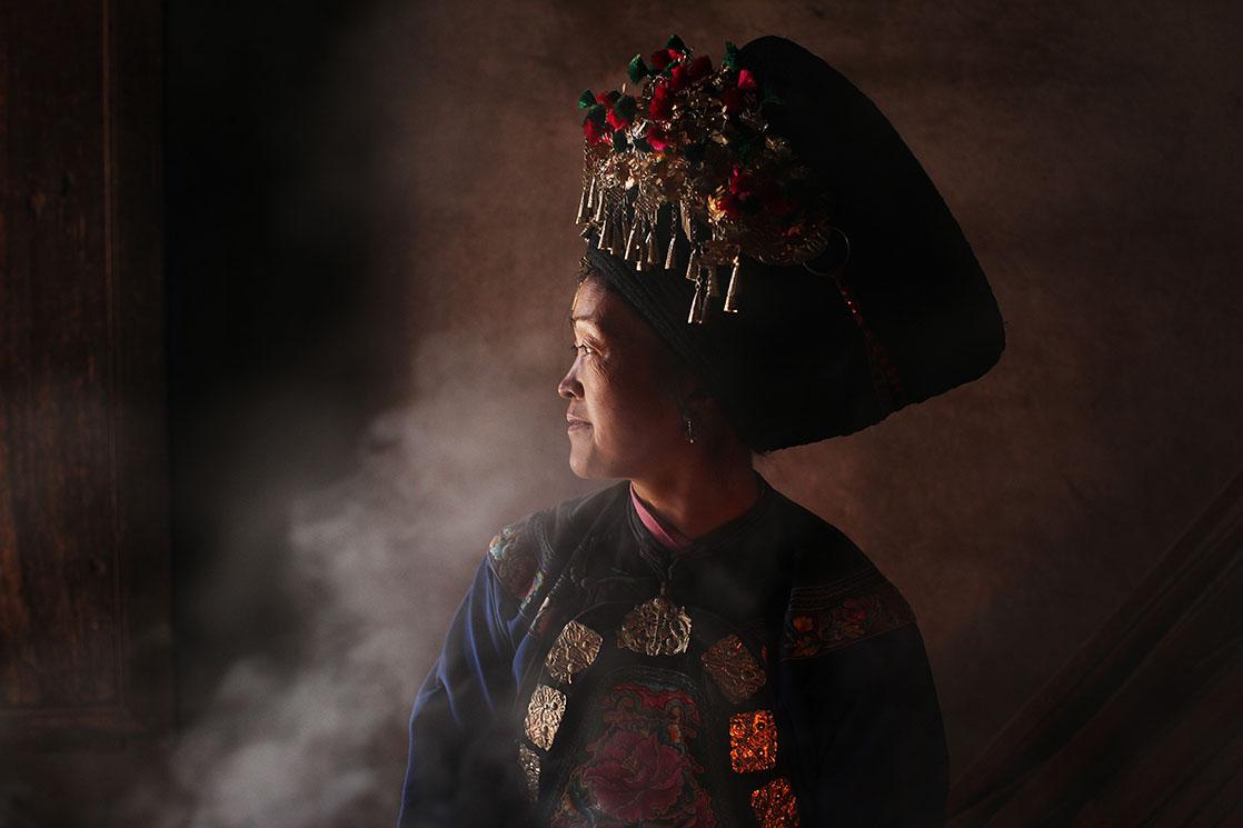 Frau eines Miao-Stamms China