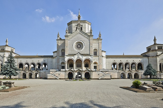 entrata principale del cimitero monumentale a milano