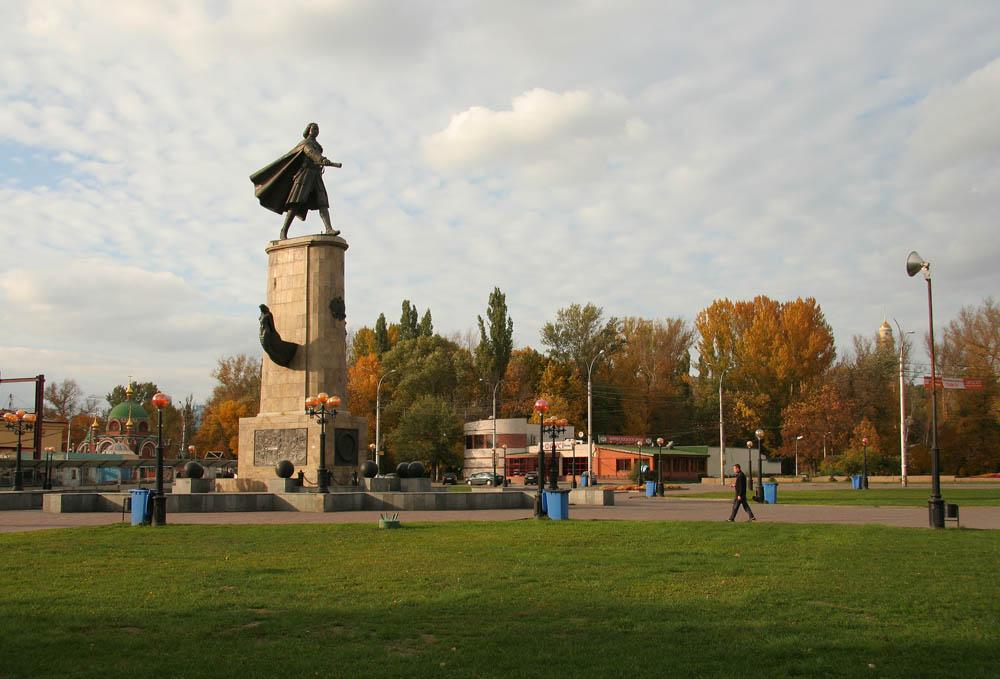 Памятник Петру I в Липецке