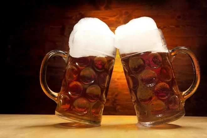 Due bicchieri di birra