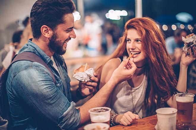 Casal se divertindo em Buenos Aires