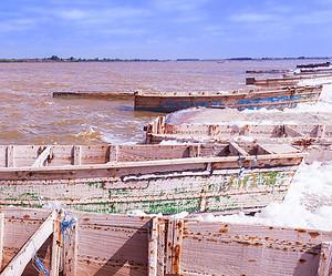 Flotter sur l'incroyable lac Rose de Dakar en famille