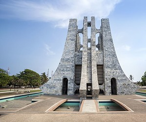 Discover Accra
