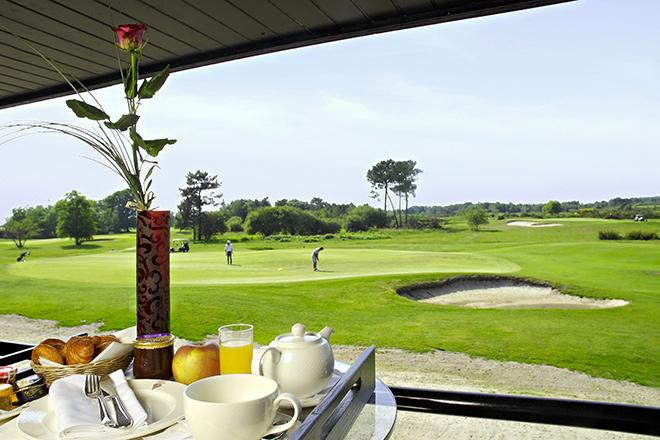 Richtig Putten auf dem Golfplatz des Médoc Hotels
