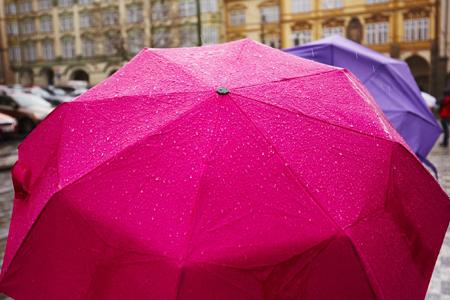 Guarda-chuva é indispensável em Curitiba