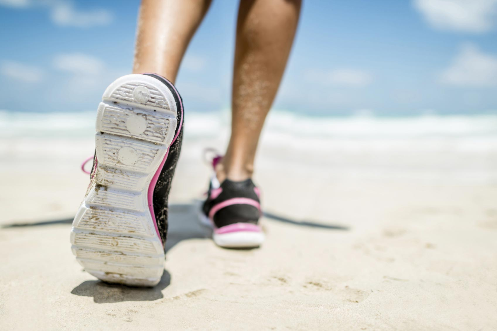 Faire un footing sur la plage