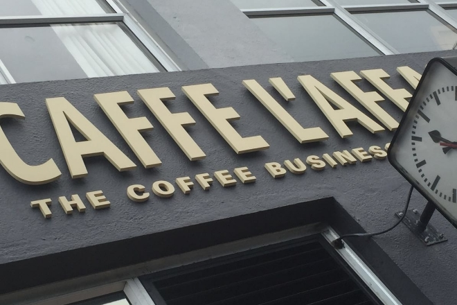 Caffe L'affare Entryway