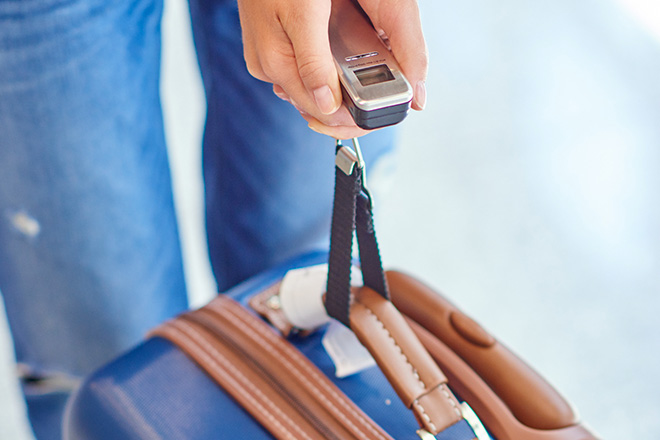 Le pèse-bagage, pour une valise qui garde la ligne
