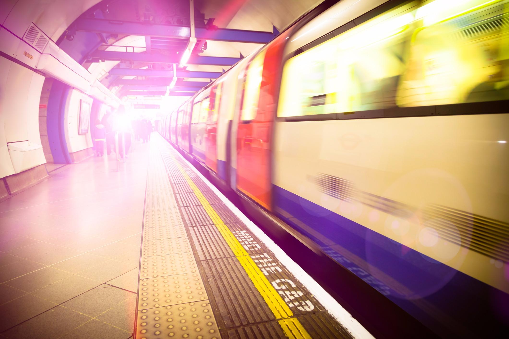 plateforme du métro de Londres