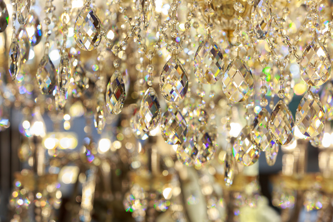 Lustre de cristal, umas das antiguidades