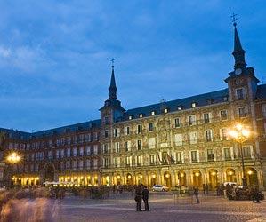 In Madrid durch die Nacht tanzen