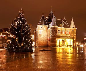 Meeting santa claus                                        in Amsterdam