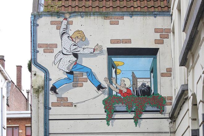 Personnage de bande dessinée Ric Hochet sur un mur