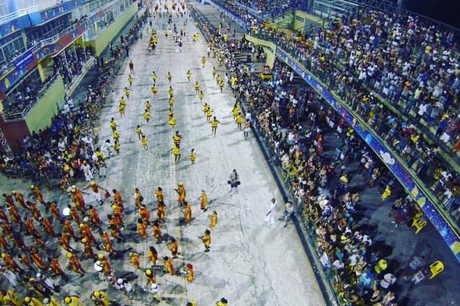 Desfile na pista Nego Quirido (Foto: Liesf)