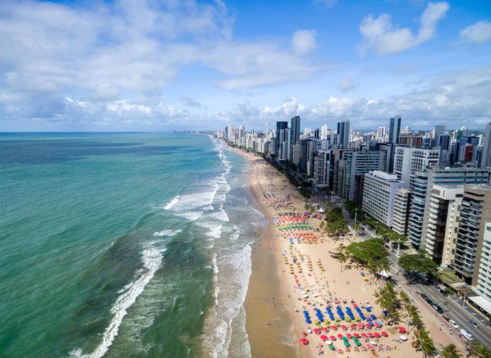 Praia de Boa Viagem, em Recife (Getty Images)