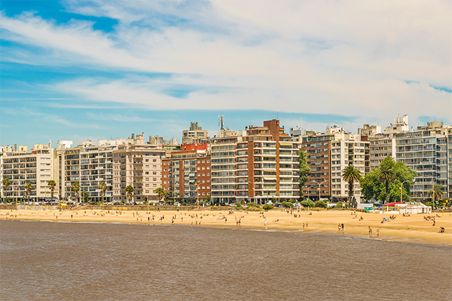 Praia de Pocitos em Montevidéu