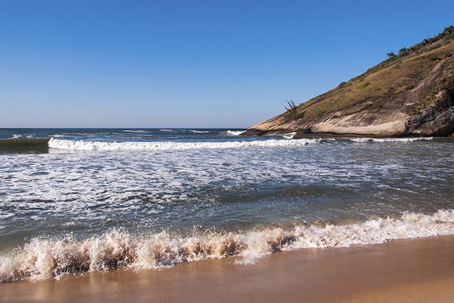 A mais selvagem das praias da Barra da Tijuca (Foto: Getty Images)