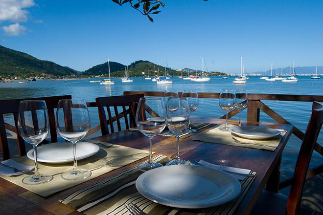 Deck do restaurante Bate Ponto