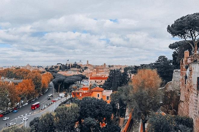 vista di roma dal giardino degli aranci
