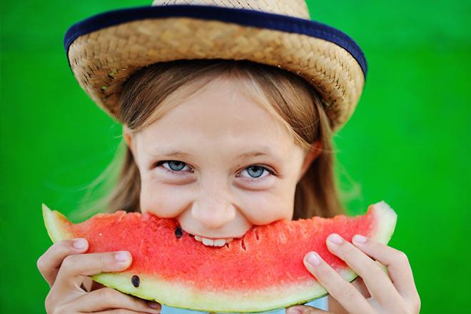 fruit market baby