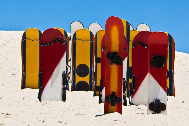 Pranchas de sandboard na Praia da Joaquina
