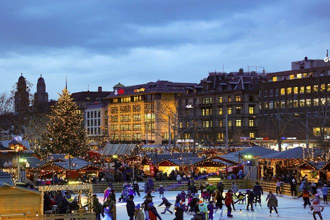 Sauntering through Zurich's Christmas market