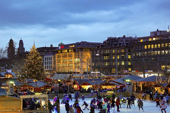 Sauntering through Zurich's Christmas market