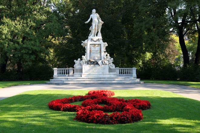 Statua di Mozart a Vienna