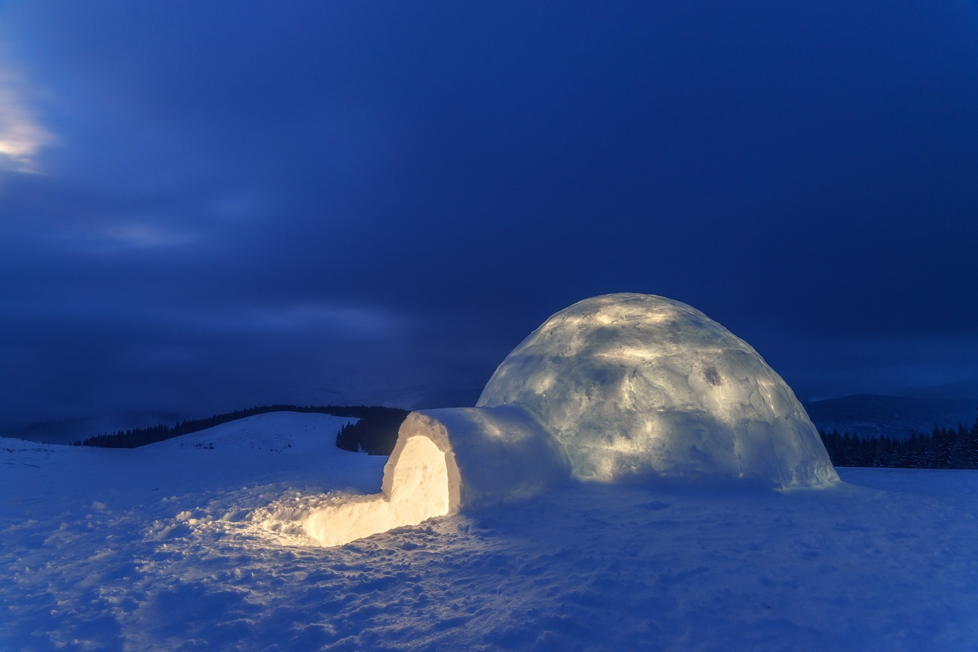 Igloo 20 travel bucket list ideas to do before 40 20 Travel Bucket List Ideas To do before 40 stay in an igloo e31b