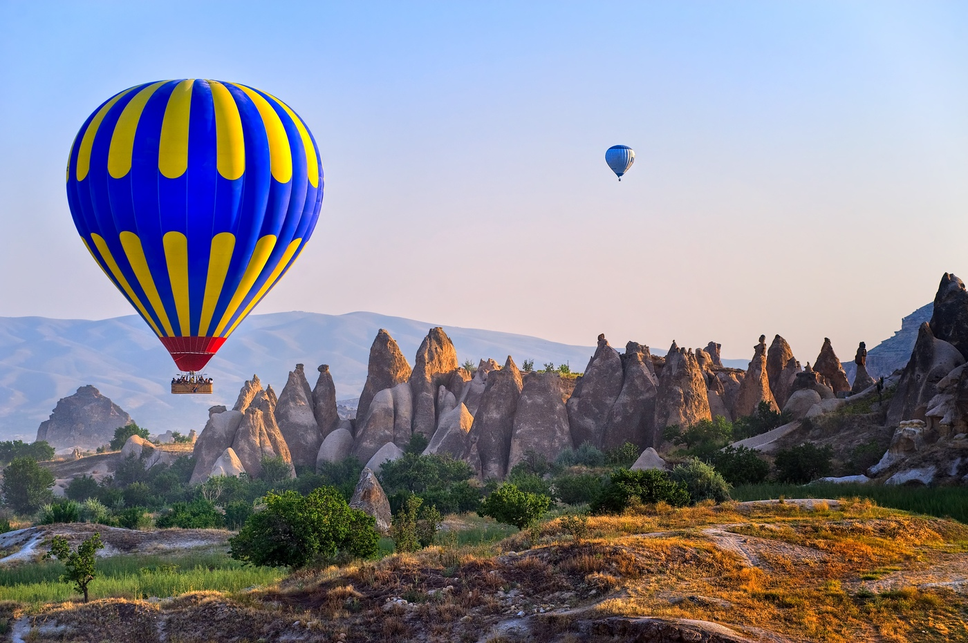 Sunrise at Cappadocia 20 travel bucket list ideas to do before 40 20 Travel Bucket List Ideas To do before 40 sunrise at cappadocia e5d3