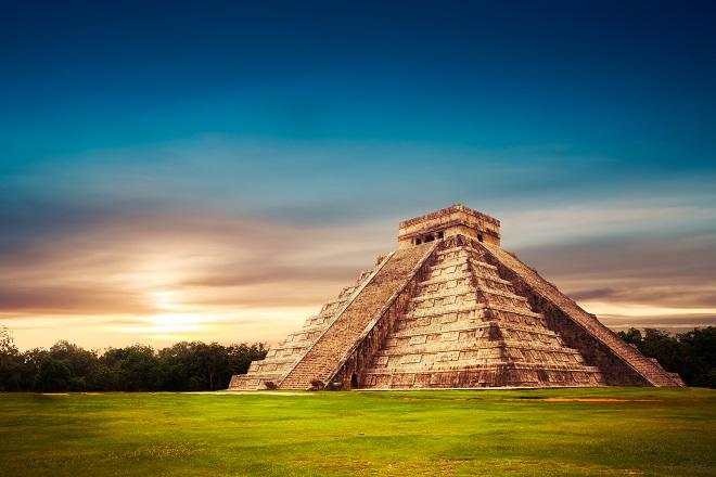 Pirámide El Castillo, Yucatán