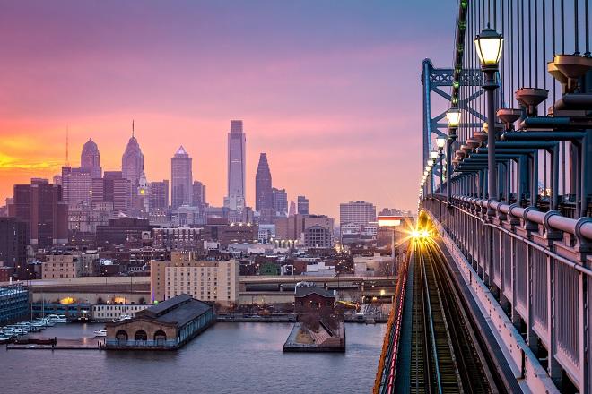 Atardecer desde el Puente Benjamin de Philadelphia
