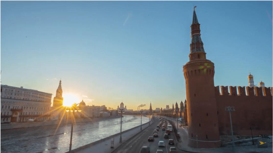 Coucher de soleil sur les rives de la Moskva