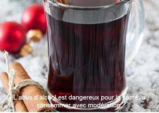 Boire du vin chaud