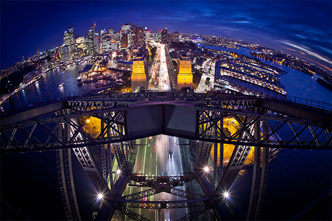 Vue nuit de sydney harbour bridge