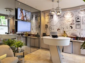 Hotel Mercure Raspail Paris