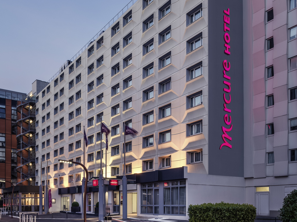 ibis paris porte d 39 orl ans montrouge book your hotel with viamichelin. Black Bedroom Furniture Sets. Home Design Ideas