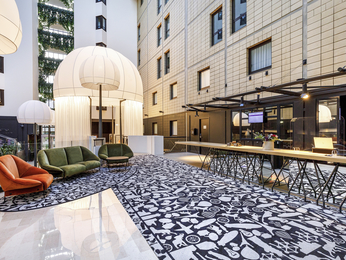 Hotel a vanves albergo mercure parigi porte de for Hotel porte de versailles
